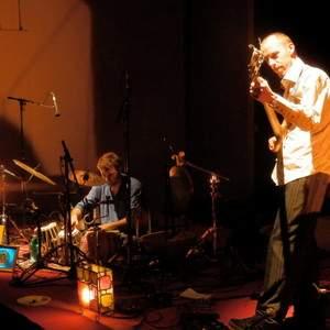 jazz d'oustanie duo contrebasse basse et tablas ( musique du monde)