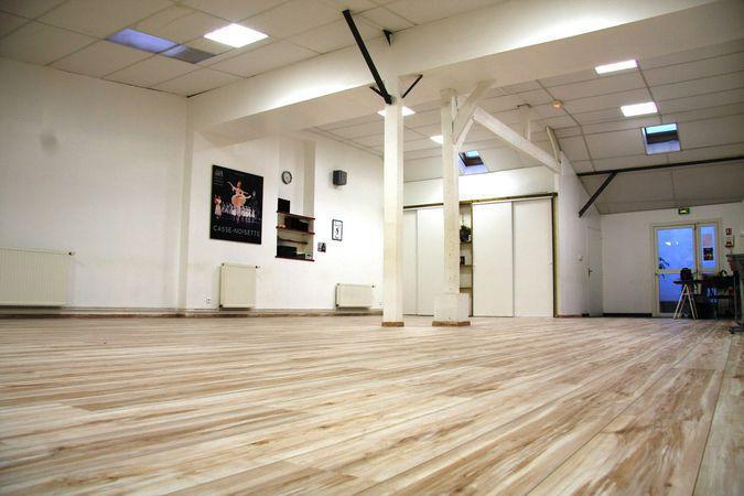 salle de danse yoga gym fitness etampes 91150. Black Bedroom Furniture Sets. Home Design Ideas