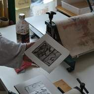 atelier d'arts plastiques et d'initiation à la gravure et aux techniques de l'estampe.